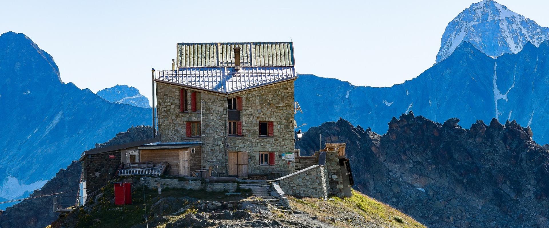Les cabanes et refuges d'altitude