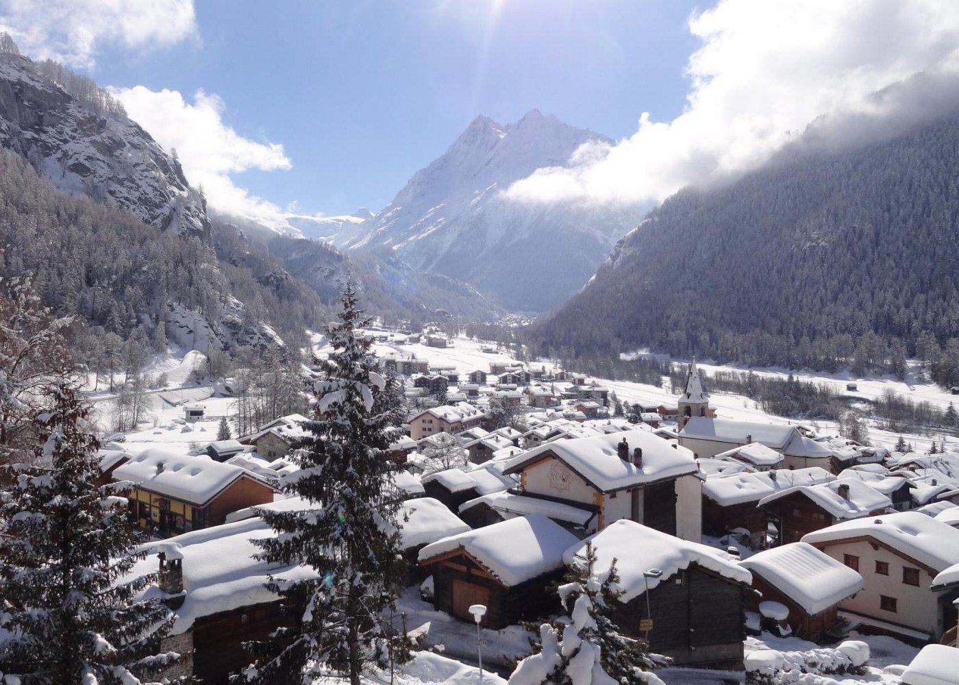 Visite guidée au coeur d'Evolène, un des plus beaux villages de Suisse