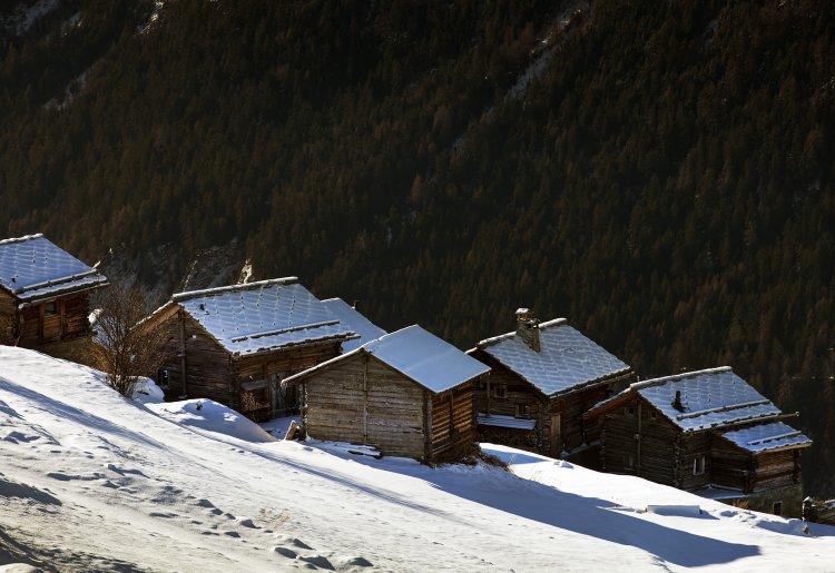 The hamlet of Baule