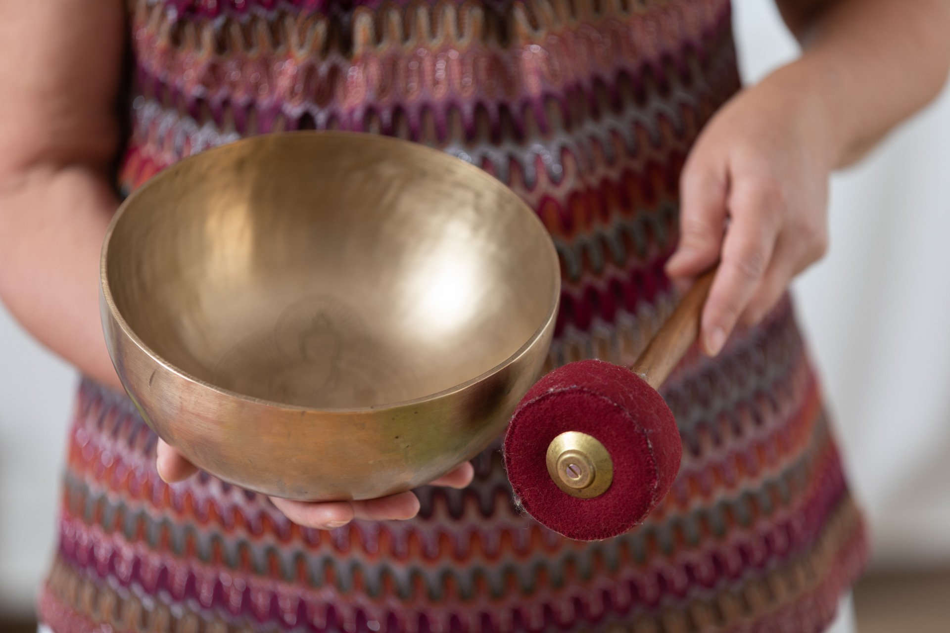 The celestial dance of the Tibetan bowls
