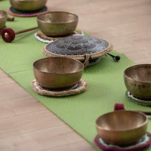Méditation et relaxation avec les bols tibétains et instruments de musique