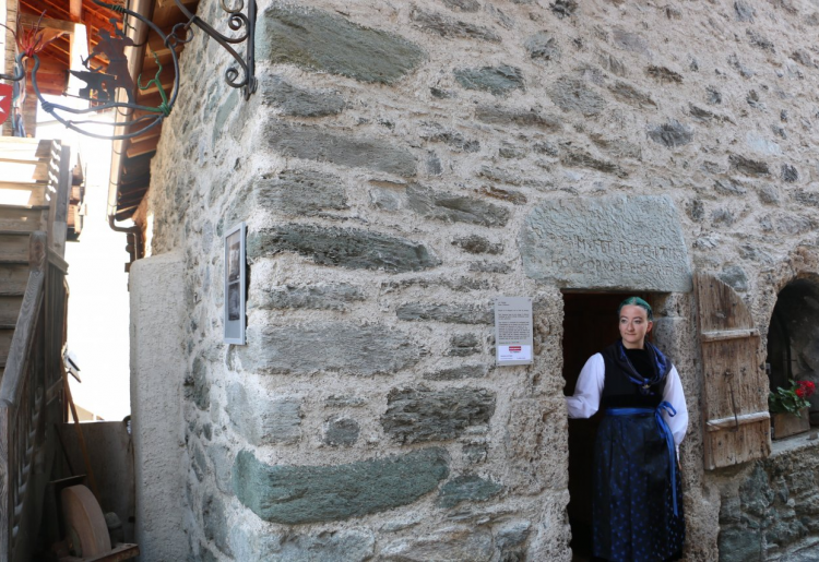 La Forge, Fotoausstellung und Besuch